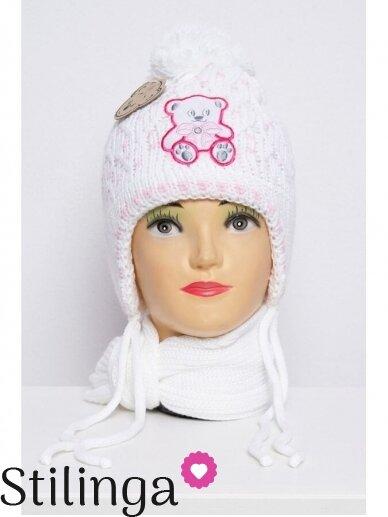 Baltos spalvos kepurė ir šalikas Meškutė K64D130
