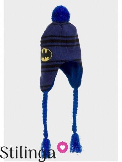 Dryžuota mėlyna vaikiška kepurė su pašiltinimu ir bumbulu Betmenas 0671D122