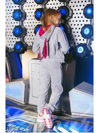 Pilkas veliūrinis kostiumas Zuikutė 0940D178 4